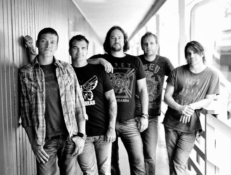 "3 Doors Down: Neues Album ""Us And The Night"" erscheint am 11. März 2016"