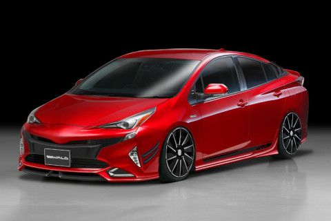 2016 Toyota Prius gets an aggressive look