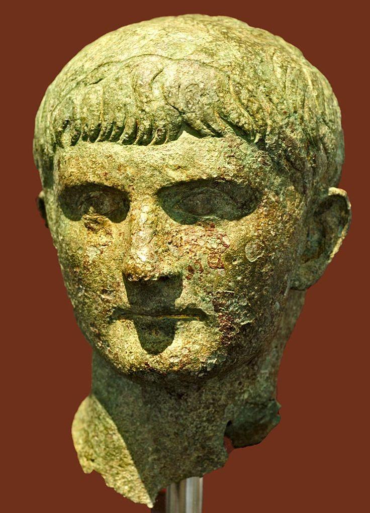 Germanicus, prominent general, nephew of Emperor Tiberius, head of Roman statue (bronze), 1st century AD, (Palazzo Massimo alle Terme, Rome).