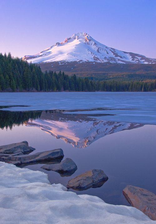 Trillium Lake (USA) by Bobshots