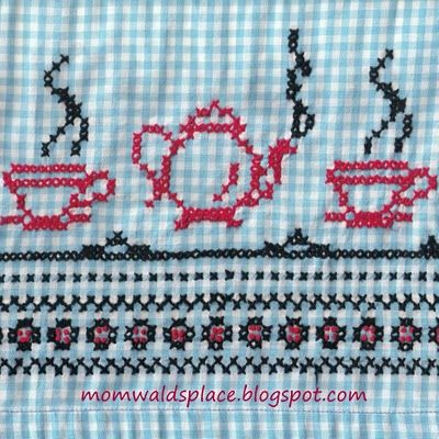 Mary Wald's Place: Vintage Chicken Scratch Gingham Aprons with a Pattern to Use