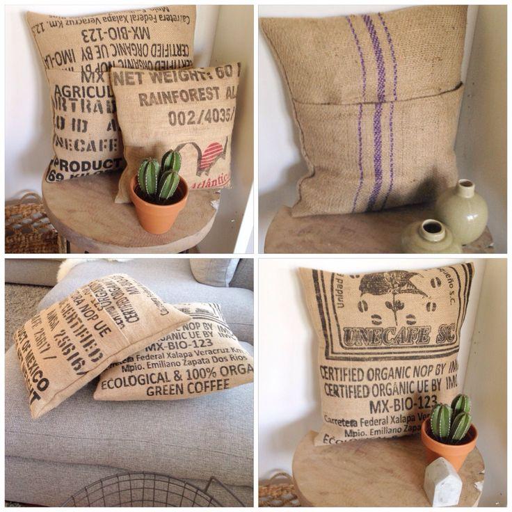 Stoere jute kussens van oude koffiezakken!