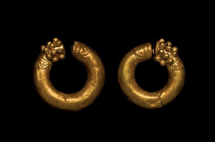 A Pair of Eastern Greek Hollow Gold Loop Ornaments Earrings c.300 BC