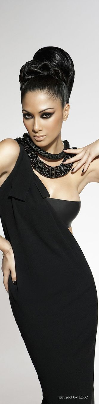 ☆Timeless Style Classic Black☆╮ ........Nicole Scherzinger §........