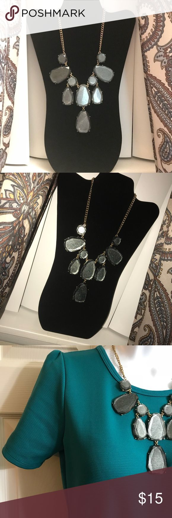 Beautiful necklace! Grey shimmering glass with gold chain. EUC Aldo Jewelry Necklaces