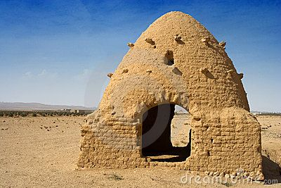 Traditional beehive house, Syrian Desert  These traditional mud brick houses are still used in some areas of Syria. Their high domes circulate the air and the thick walls help to keep the temperature inside bearable even in 140 degree heat under the desert sun