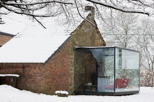Jean-Luc Laloux / glass extension