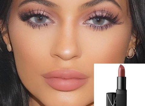 Kylie Jenner / Batom NARS Pigalle