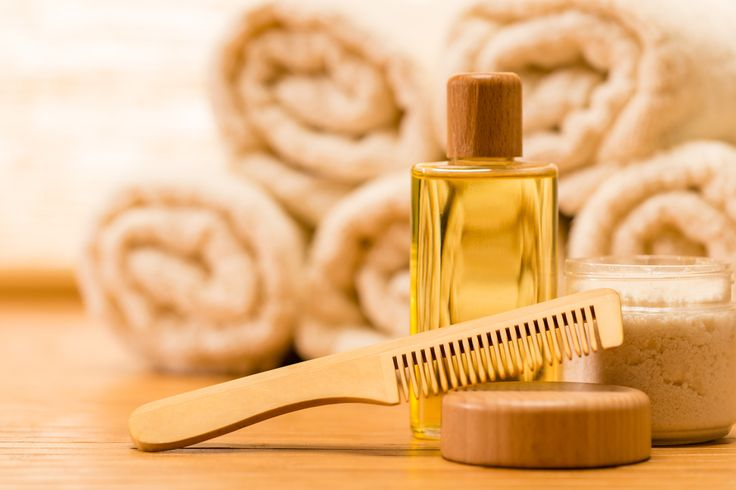 Acest remediu este o adevărată minune care stimulează creșterea părului foarte repede. El este compus din uleiuri de plante care stimulează foliculii de păr și restabilesc creșterea părului care a căzut. Dacă veți utiliza cu regularitate acest remediu, veți observa în scurt timp efectul său uimitor. Remediu minune împotriva căderii părului Aveți nevoie de 50 ml de ulei de ricin 20 ml de ulei de cocos organic 10 ml de ulei esențial de rozmarin 5 ml de ulei esențial de lavandă (la dorință)…