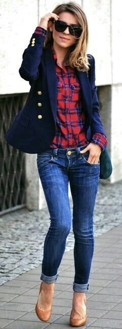 New England Classic Style | Navy blazer | Red and blue plaid shirt