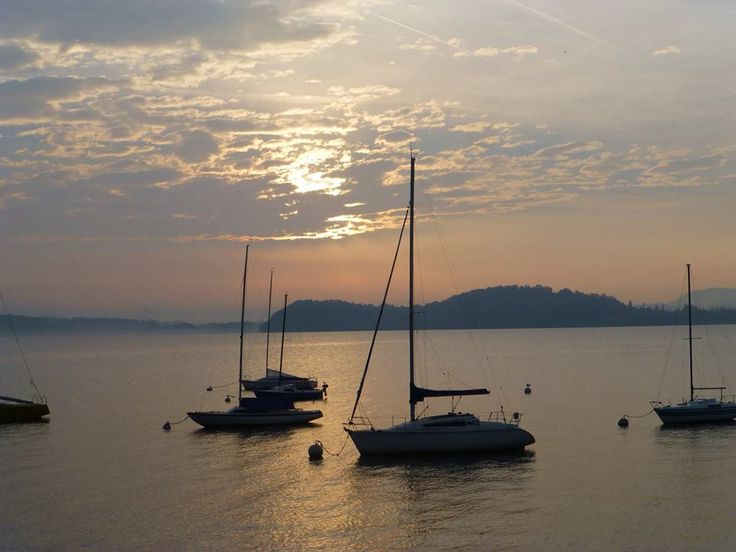 Alba incantata a #Belgirate ( #Verbania #Piedmont #Italy )