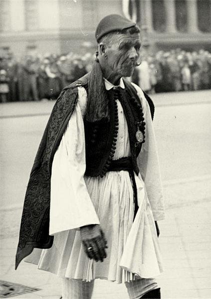 Στις 26 Μαρτίου του 1940 πεθαίνει ο Σπύρος Λούης, νικητής του Μαραθώνιου Αγώνα στους Ολυμπιακούς Αγώνες του 1896.
