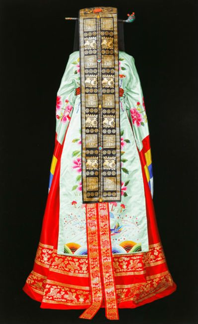 "Painting ""The Paradox of Beauty"" by JEONG MYOUNG JO / Korean traditional bridal gown"