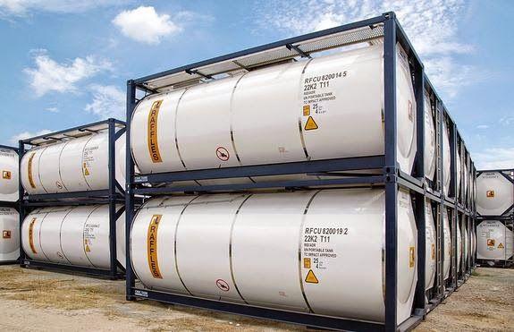 Einmal voll tanken, bitte! 26.000 Liter oder 5% Rendite p.a., je nachdem... Man investiere in neue Tankcontainer. Das Management wird vollständig von Buss übernommen (Beschaffung, Vermietung, Disponierung, Abrechnung, Verkauf). Die #Tankcontainer sind für fünf Jahre fest vermietet und werden anschließend zu einem festgeschriebenen Rückkaufpreis veräußert.