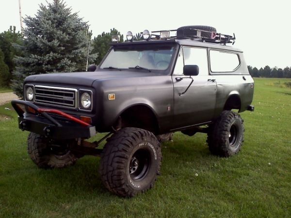 1979 IH Scout ll w/ 304 v-8 and 727 TF automatic transmission