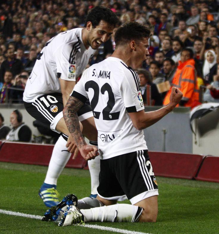 @valenciaoficial El #Valencia le devolvió al Barcelona la derrota de Copa del Rey. ¡Cómo más duele! Ganándole en su estadio y complicándole la vida en #laLiga #9ine