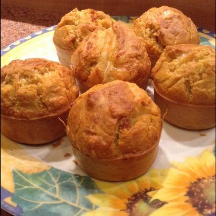 """750g vous propose la recette """"Muffin jambon fromage"""" notée 4.2/5 par 193 votants."""