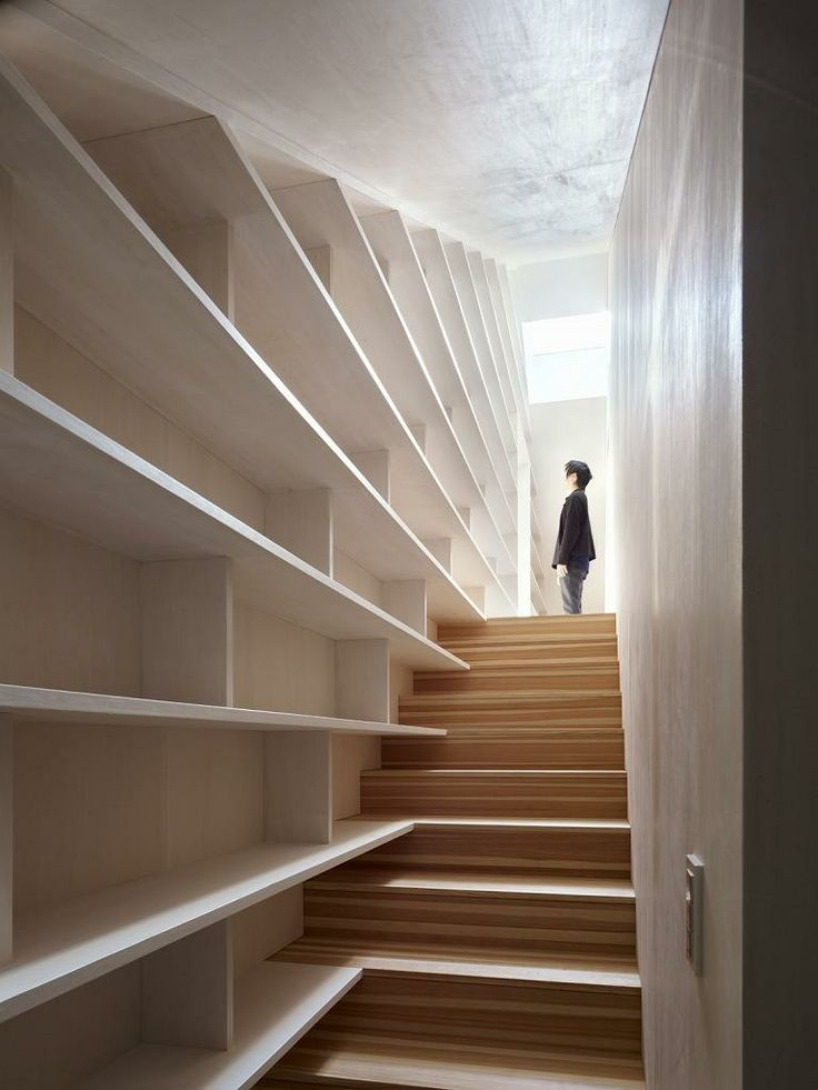 17 best images about traphall on pinterest japanese minimalism hallways and bookcases - Staircases with integrated bookshelves ...