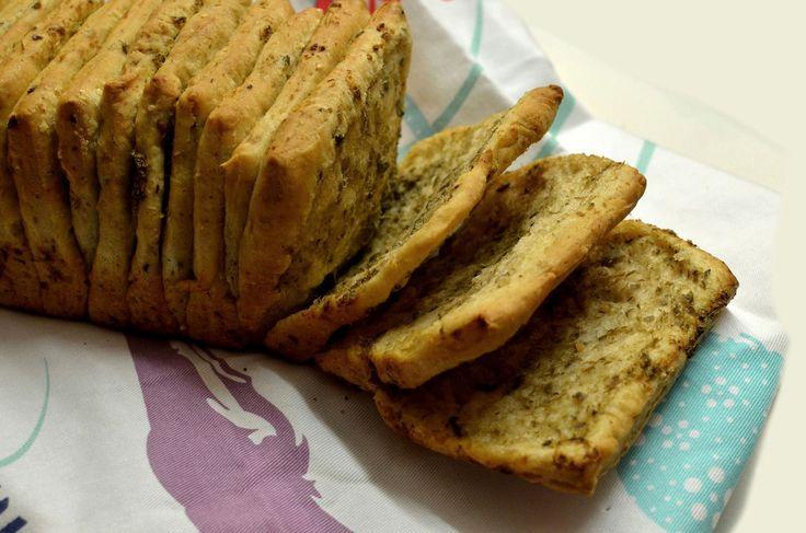 """Un Pane da """"Sfogliare"""" con cereali e patè di carciofini e capperi"""