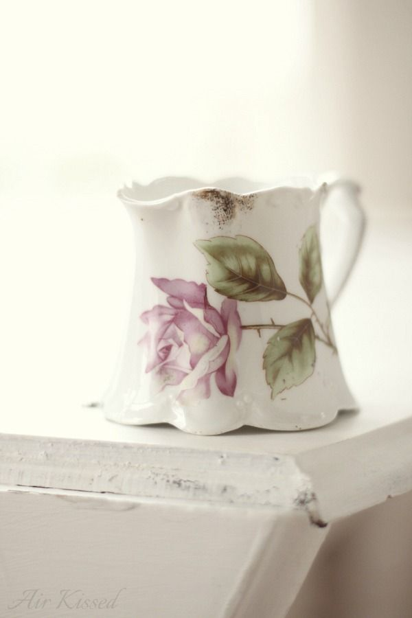 This is just my style and love the curvy shape of the little pitcher..