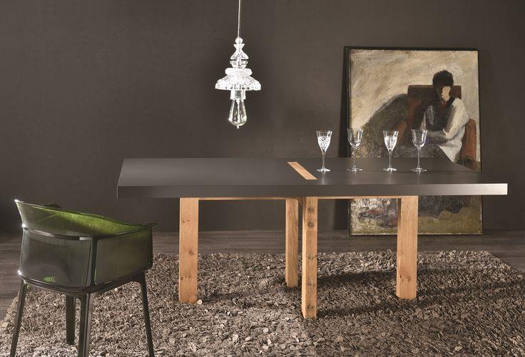 Romvo Dining Table