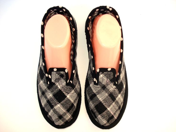 Black and White Wool House Womens Slipers, Ladies Slippers, Wool Shoes, Bedroom Slippers, Slippers Women with Soles, House Shoes, Warm Shoes by MadeByTinna on Etsy