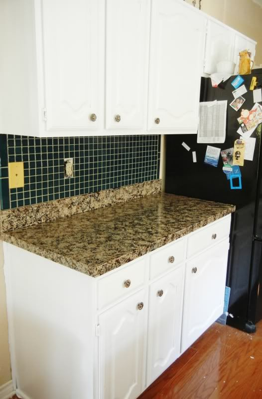 DIY: Faux Granite Countertops I think I like this tutorial best