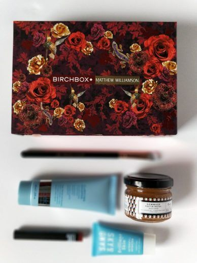 Birchbox: A Busy Mom's Best Friend. Struggling to find the time to find new cosmetics and skincare? #birchbox is my montly happy box of #selfcare