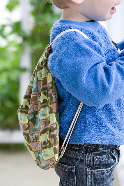 String Backpack Tutorial for Operation Christmas Child