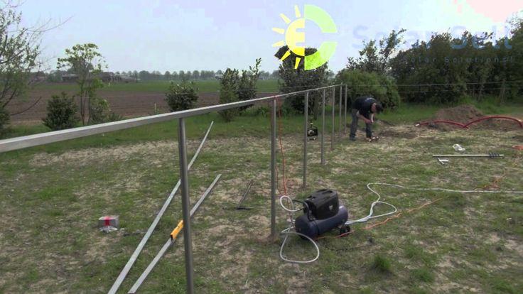 Impressie van de efficiente plaatsing van zonnepanelen in het vrije veld m.b.v. MVS schroefpalen. Impressions of the efficient installation of solar panels in open field with the MVS screw piles.