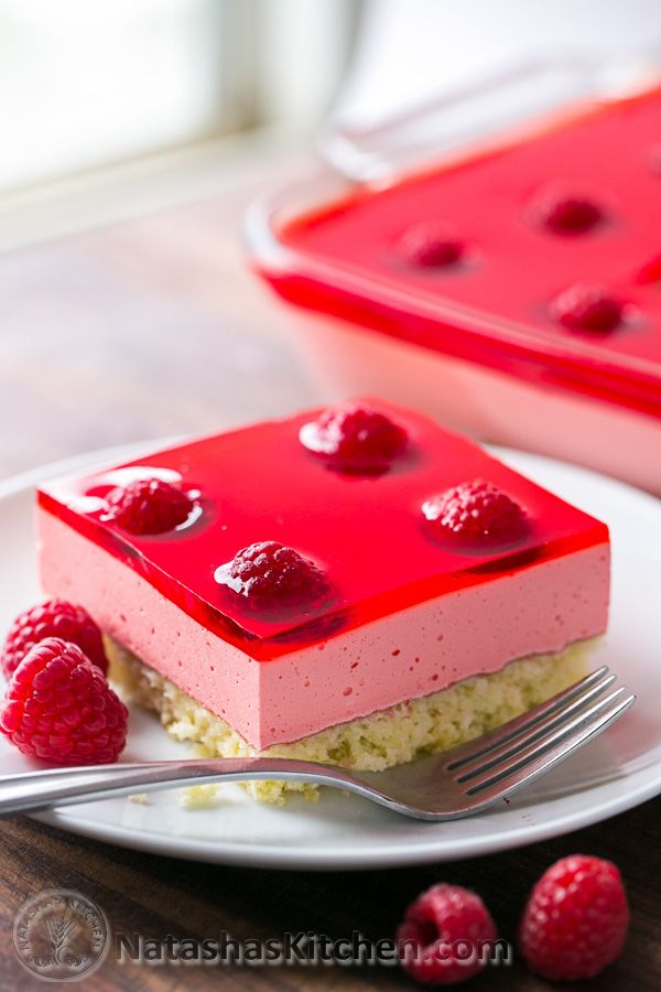 Eggless Strawberry Mousse Cake Recipe