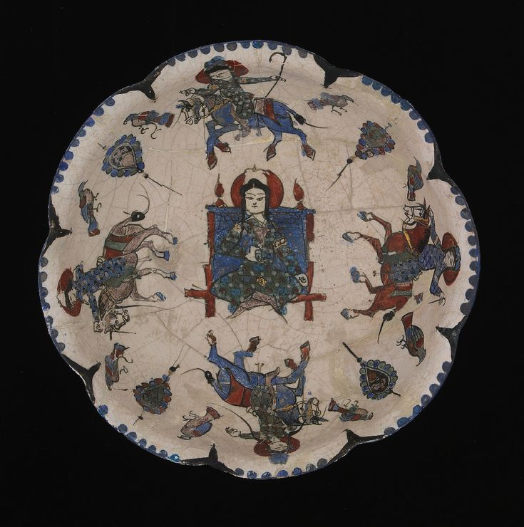 Persia, Kashan (?), Late 12th or early 13th century , Fritware, painted over and underglaze H. 8 cm; Diam. 18 cm Inv.° 935