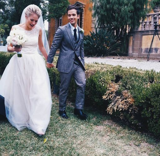 NOV 16, 2015 7:30AM BY BRIE HIRAMINE SEE THE PICS: Nathan Kress and London Elise Moore Get Married