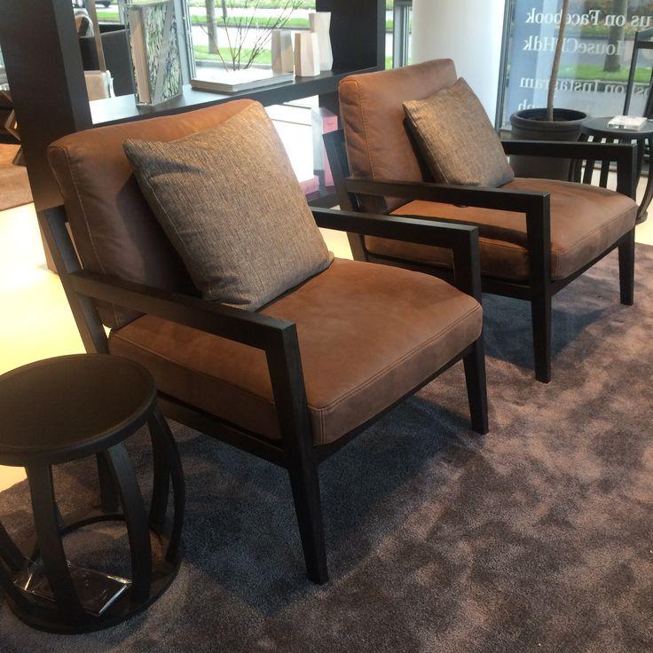 Lækker lænestol fra House kollektionen lavet i ægte læder.