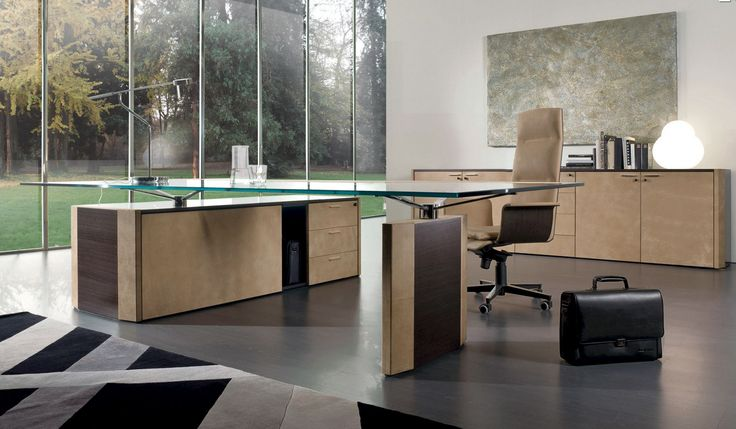 Luxurious office Glass top
