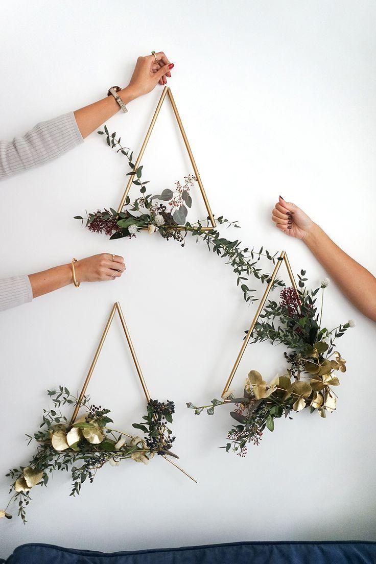 Sam is Residence   DIY Trendy Brass Wreath #brass #fashionable #wreath
