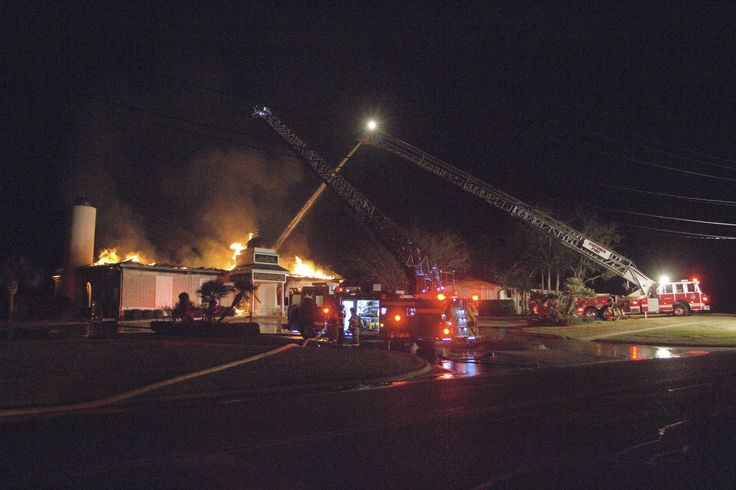Texas Mosque 'Completely Destroyed' in Early-Morning Fire