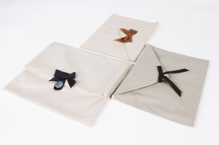 Pretty fabric envelope used for accessories, jewels, shirts, scarves, as party favor. #ToamsiMaster #Packaging #envelopes #natural