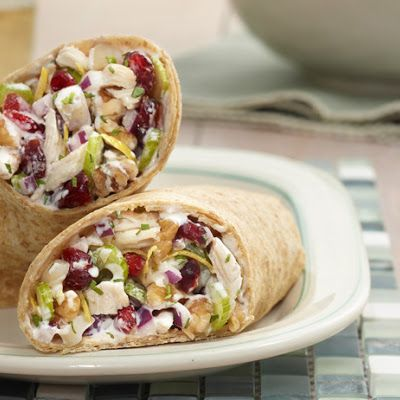 Lemon Roasted Chicken Salad Wrap @keyingredient #chicken #sandwich #easy #delicious #tomatoes