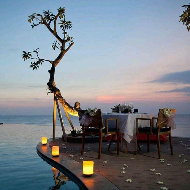 CENA A LUME DI CANDELA  #dalani #magia #vacanza #dinner #summer #moment #love #mare #holidays #amazing #travel #enjoy #sunset #ocean #luci #estate