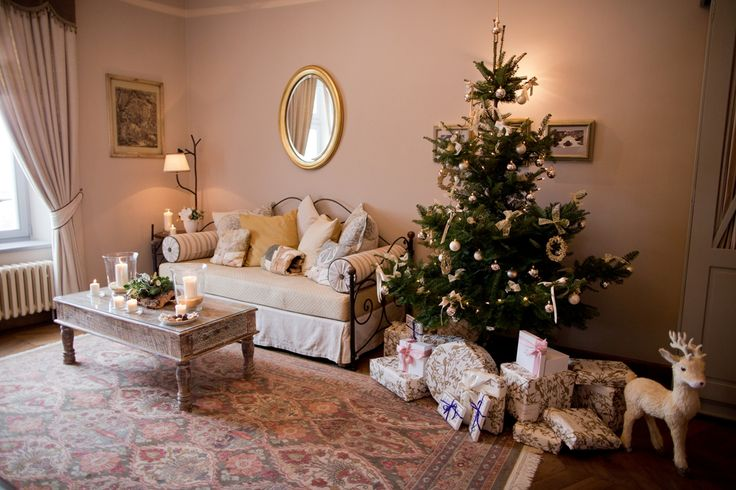 Chrismtas decoration at Chateau Mcely