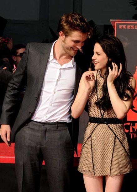 Kemesraan Robert Pattinson dan Kristen Stewart
