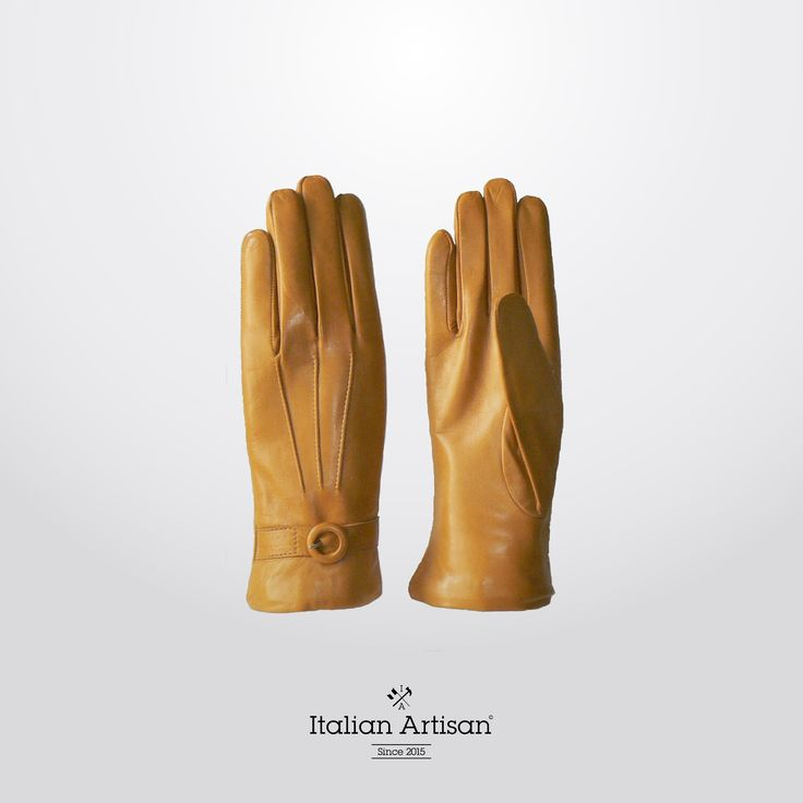 Finely crafted #yellow smooth #leather #gloves to carry your #womensCollection through fall. Add a rich touch of colour to your  #FW #accessories #collection #style #madeinitaly #italianartisan