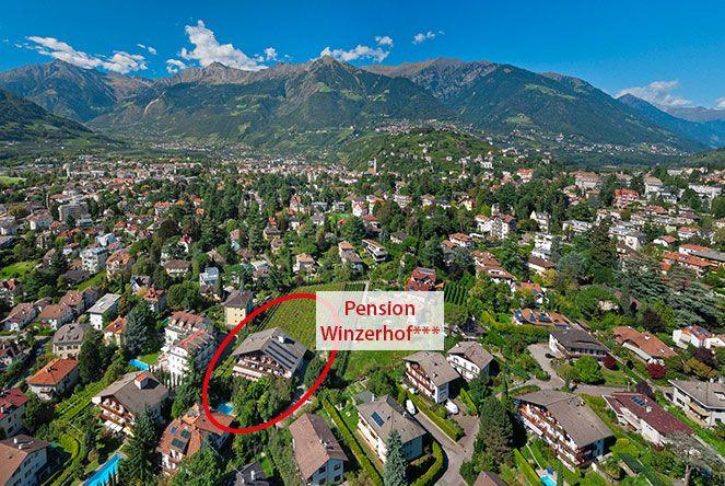 Luftaufnahme von Meran - Pension Winzerhof