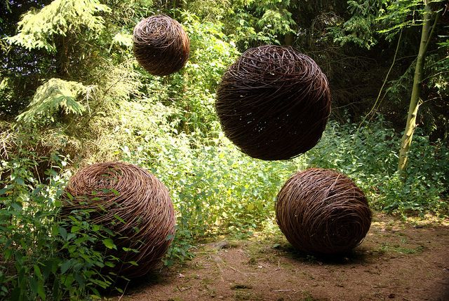 Willow spheres by Sue Kirk.  Would love to play with willow