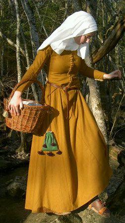 Historiska Världar - Dräkter - Borgarkvinna slutet av 1300-talet middelalder