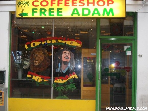How to smoke weed in Amsterdam