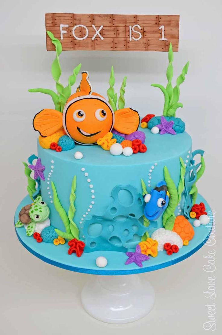 Fox - Nemo and Friends A beautifully decorated and detailed Nemo for a one year old.