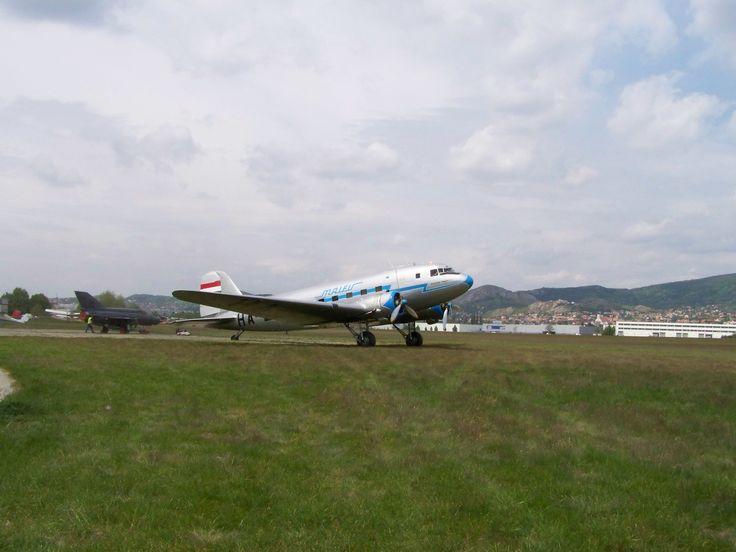 Régi utasszállító repülőgép