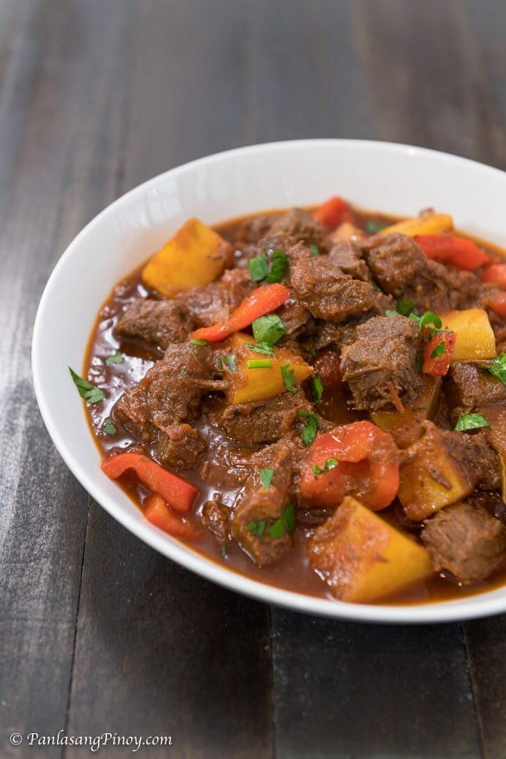 Mechadong Baka Recipe Panlasang Pinoy Recipe Mechado Recipe Recipes Beef Mechado